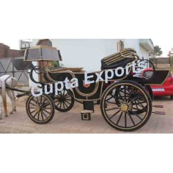 MILITARY STYLE HORSE CARRIAGE